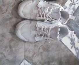 Vendo zapatillas huarache