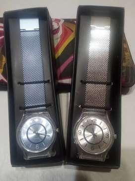 Relojes unisex nuevos! El regalo perfecto!!