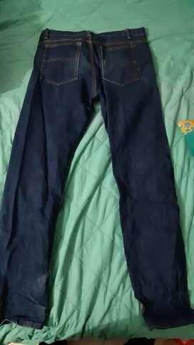 Pantalones còmo nuevos (2da)