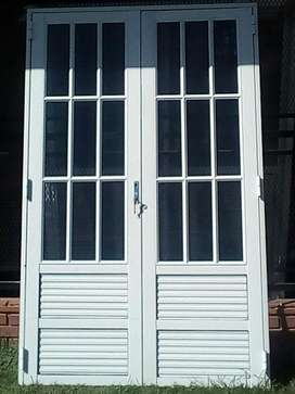 Puerta para negocio 130X200