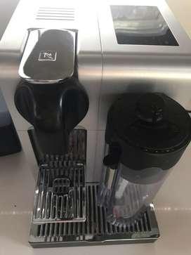 Cafetera Nespresso Latissima Pro