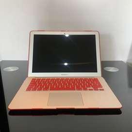 MacBook Air, 128gb, Core i5, 8gb RAM, Usado como nuevo