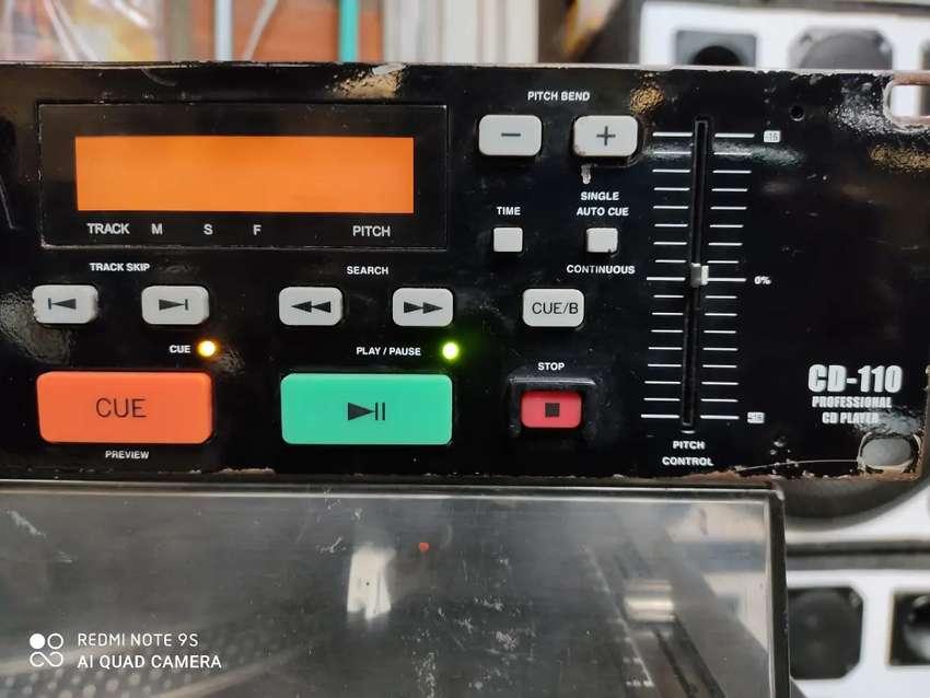 Reproductor de CD profesional.Gemini.