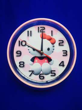 hello kitty reloj de pared