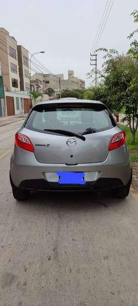 Mazda 2 - 2012 - Automatico, Aire Acondicionado, Seguros Pagados, Única dueña.