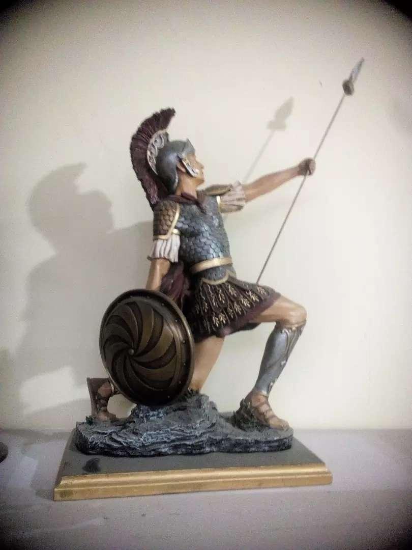 Figura de soldado romano 0
