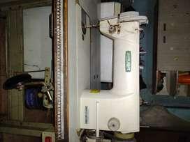 Máquina de coser recta industrial
