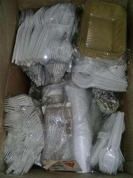 Kit de Cubiertos Vasos Platos Y Bandejas