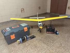 Vendo modelo de aeromodelismo completo