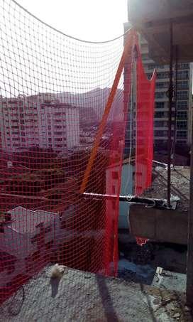 Sistema Perimetral Malla Red Anticaída Brazo Metálico Mampara Convencional o Tipo Mordaza Protección Construcción Obra