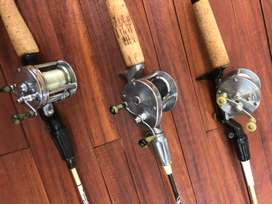 Carretes americanos de baitcast antique.