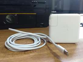 Cargador Original Apple 61w Usb-cmacbook
