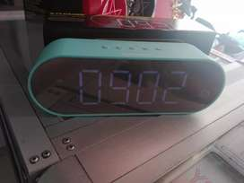 Parlante reloj