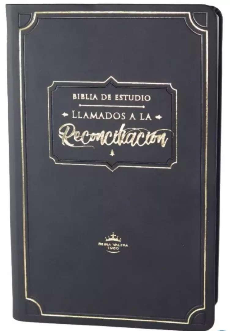 """Biblia de estudio """"llamados a la reconciliación"""" edición de lujo tapa flexible con caja estuche 0"""