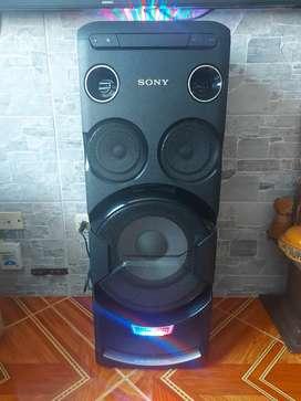Torre de sonido SONY  MHC-V770W