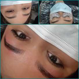 Solicito especialistas en cejas y extensiones de pestañas con experiencia