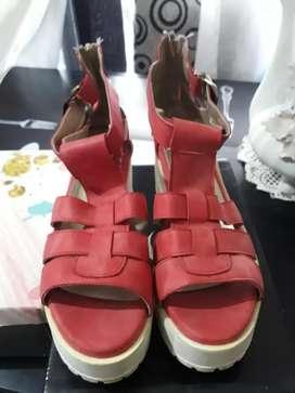 LIQUIDO sandalias de marca