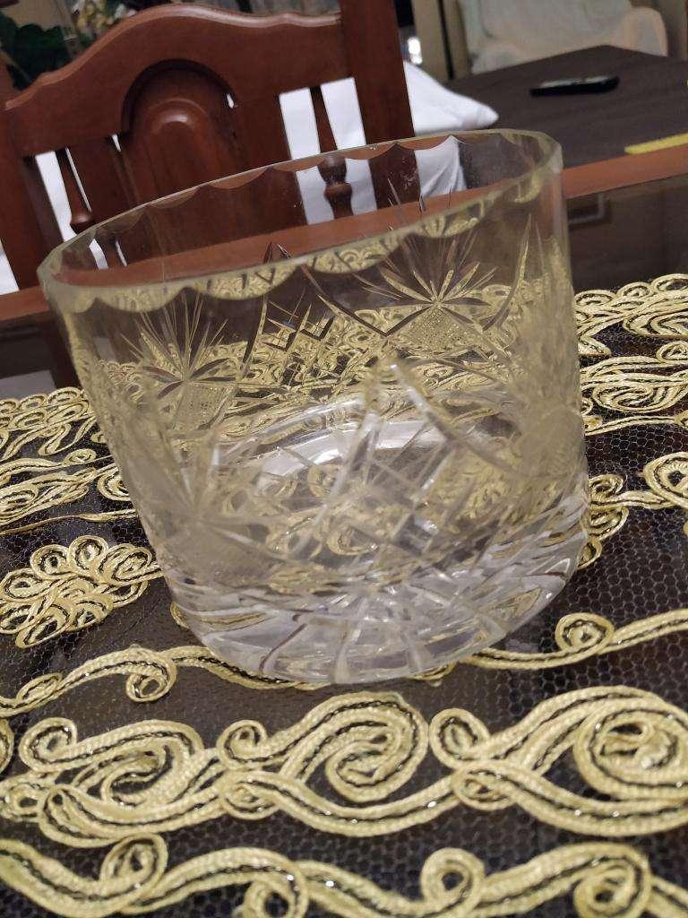 8 Vasos de Cristal Pesados Traídos Venec 0