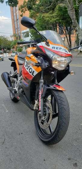 Honda 250 cbr r