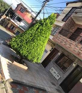 Casa Piso 1 en La calle 81 con 46