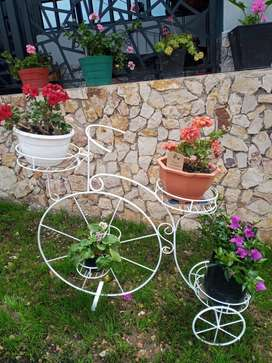 soporte metal Bicicleta Matera jardín