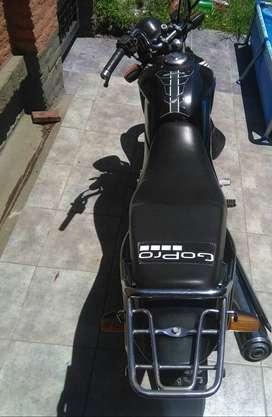 Vendo moto honda storm