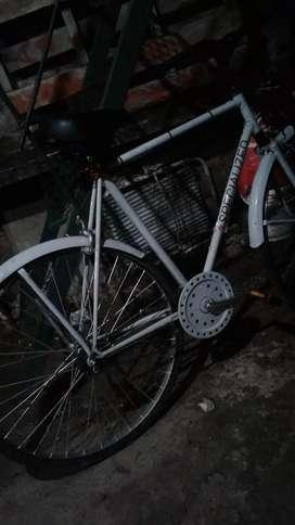 Bicicleta antigua rod 28