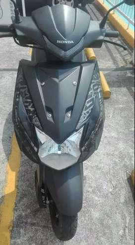 Moto automática HONDA DIO LED