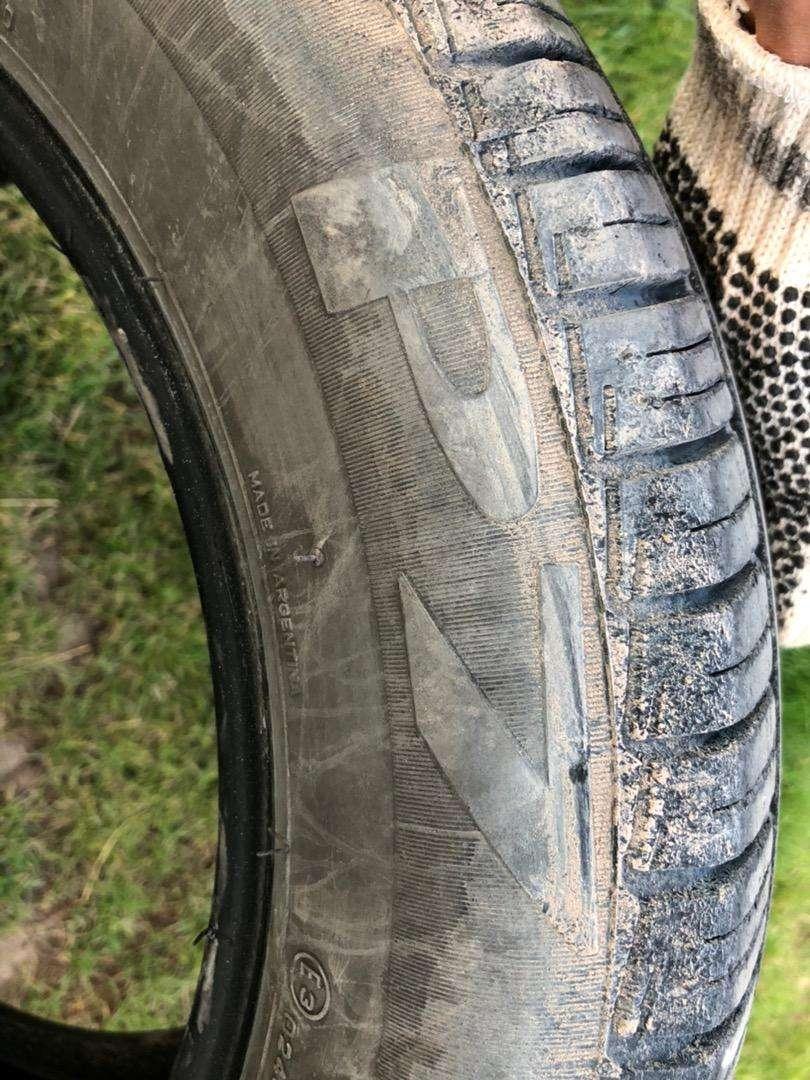 Cubierta Pirelli P7 195/60 r 15' 0