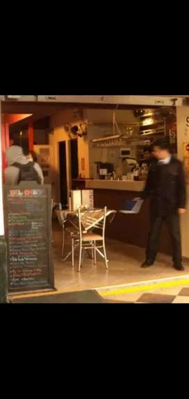 Restaurante Necesita COCINERA Y UN VIGILANTE JALADOR