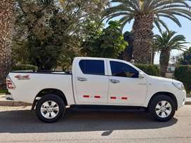 Toyota hilux  4x4 mod 2017
