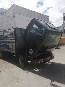 Camion ford cargo 815