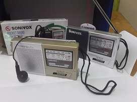 Radio am FM portable pila triple A 9x6x2 cm con audífonos