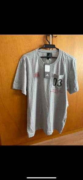 Camiseta NUEVA Adidas original