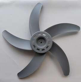 Helice de ventilador 5 aspas plástico 45 cm  8mm