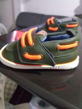 Zapatos marca offcorse talla 19
