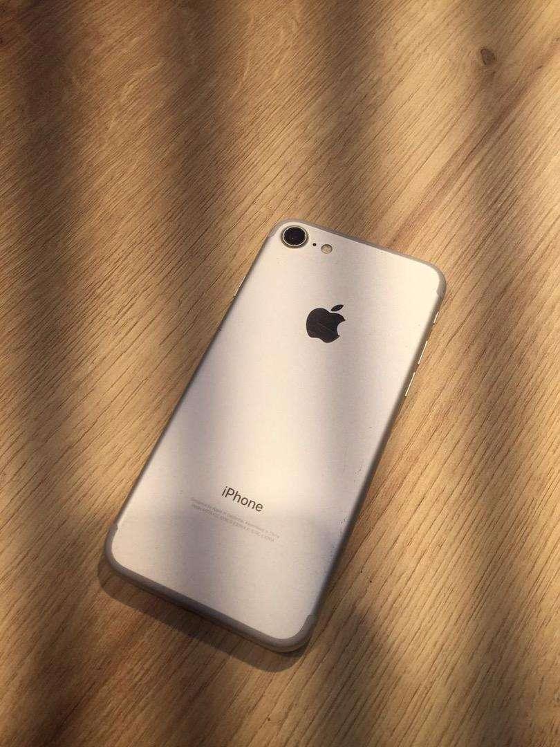 Iphone 7 / 128GB