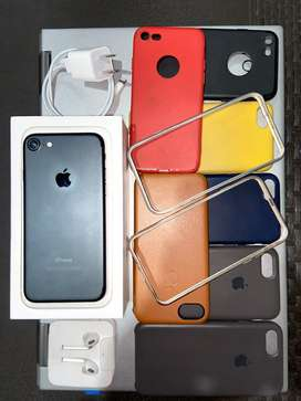 Iphone 7 128 gb\earpods nuevos\10 forros