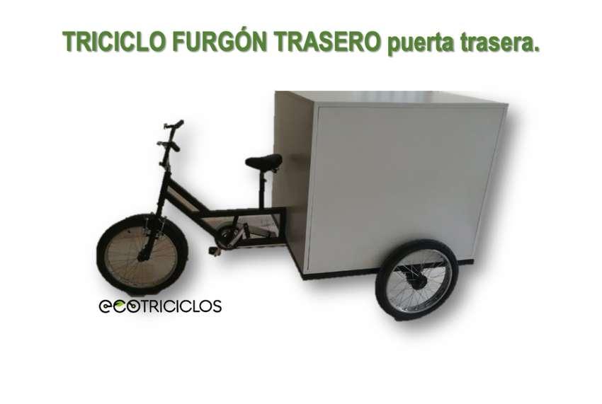 Triciclo para carga trasera tipo furgon 0