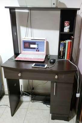 Escritorio Mesa estudio madera en casa
