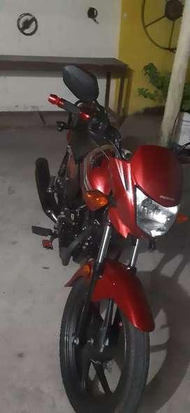 Vendo moto. Honda 110 , dos meses de uso.
