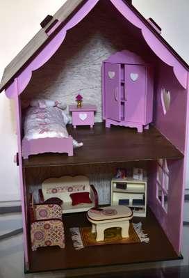 casa de muñecas con muebles, excelente!