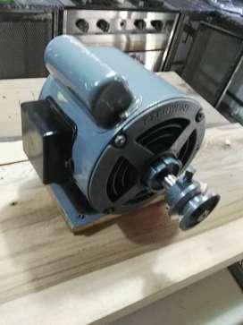 motor bombeador 1/2 hp  excelente estado