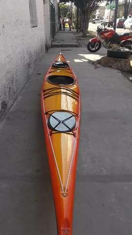 kayak de fibra R1