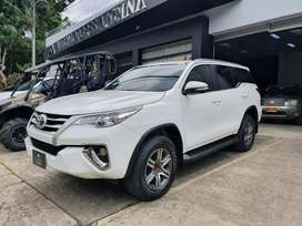 Toyota Fortuner Street Automatica Sec 2017 2.7 RWD 343