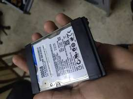 Memorias RAM de 4gb y disco duro de 500gb