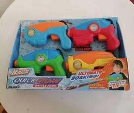 Juego De Pistolas Lanza Agua, Importado, Incluye 4 Pistolas