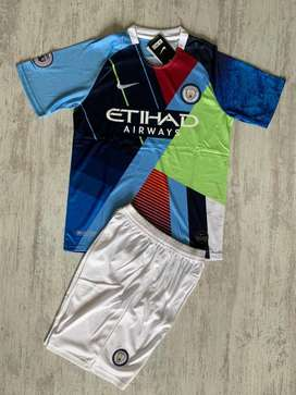 UNIFORMES DEL MANCHESTER CITY