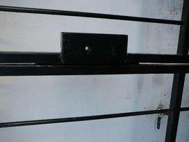 Puerta reja doble con cerradura 2m alto por 1.5 ancho