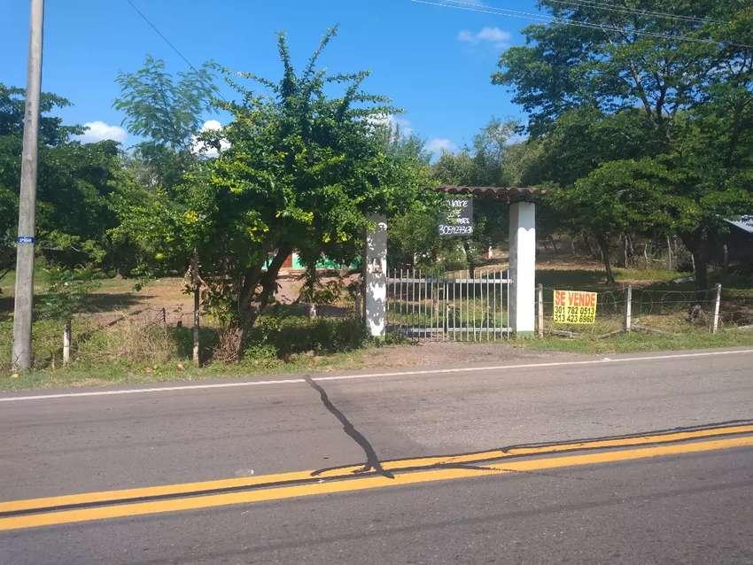 Vendo hermoso lote plano a 10 minutos de Girardot sobre la vía nacional Bogotá- Girardot 0